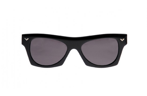 <div id='upper'>Palm Beach II (black)</div>
